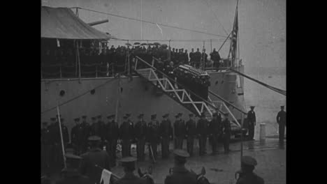 The-American-Unknown-Soldier-From-World-War-One-Is-Unloaded-From-A-Ship-In-Washington-Dc-And-Lies-In-State