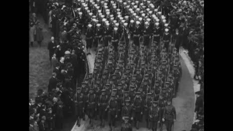 El-Soldado-Americano-Desconocido-De-La-Primera-Guerra-Mundial-Es-Llevado-Al-Cementerio-De-Arlington-En-Washington-DC