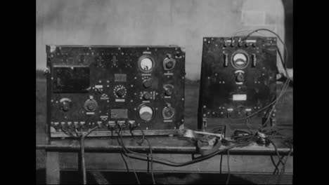The-American-Army-Signal-Corps-Forms-In-1918-And-The-Handcranked-Radio-Is-Demonstrated-1