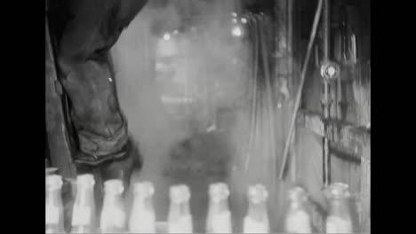 Bier-Wird-Nach-Aufhebung-Des-Verbots-1933-Legalisiert-Und-Eine-Abfüllfabrik-Geht-In-Betrieb