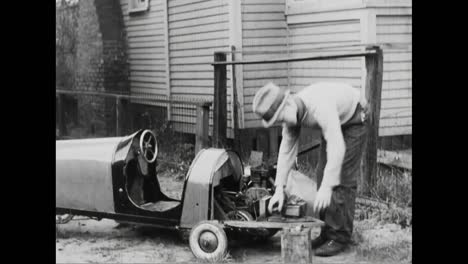 A-13-Year-Old-Boy-Builds-His-Own-Automobile-In-1933-To-Speed-Up-His-Paper-Route