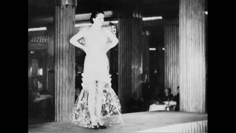 Un-Desfile-De-Moda-Francés-En-1933