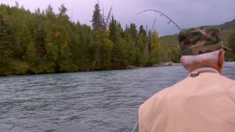 Männer-Angeln-In-Einem-Bach-Im-National-Wildlife-Reserve-Montana-2011