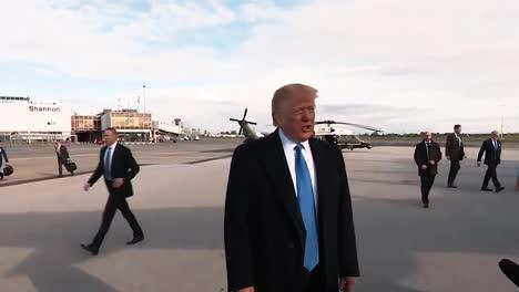 Präsident-Trump-Spricht-Mit-Der-Presse-über-Die-Reise-In-Die-Normandie-Zum-75-jährigen-Jubiläum-2019
