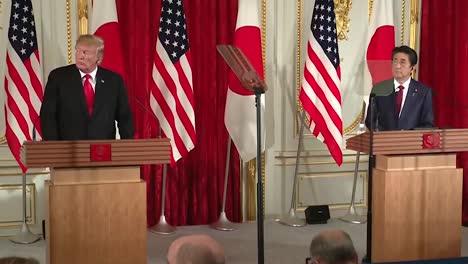 Se-Le-Pregunta-Al-Presidente-Trump-Sobre-Las-Pruebas-De-Misiles-En-Corea-Del-Norte-Conferencia-De-Prensa-Conjunta-Con-El-Primer-Ministro-Japonés-Shinzo-Abe-2019