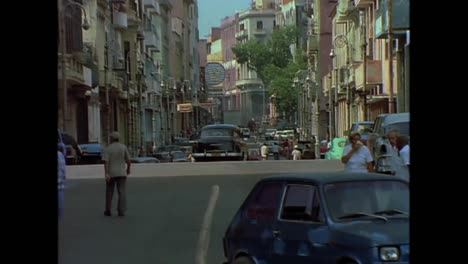 Street-scenes-from-Cuba-in-the-1980s
