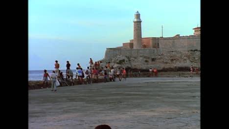 Street-scenes-from-Cuba-in-the-1980s-10