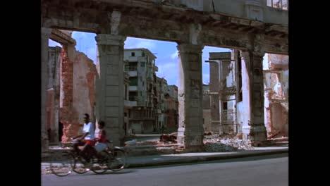 Alte-Heruntergekommene-Gebäude-Findet-Man-überall-In-Havanna-Kuba-In-Den-1980er-Jahren