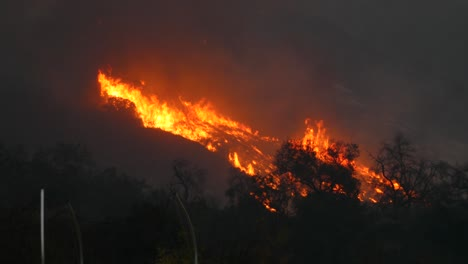 The-Thomas-Fire-Burns-At-Night-In-The-Hills-Above-Ojai-California