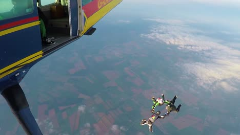 Skydivers-Jump-From-A-Plane-In-This-Adrenaline-Extreme-Sports-Scene