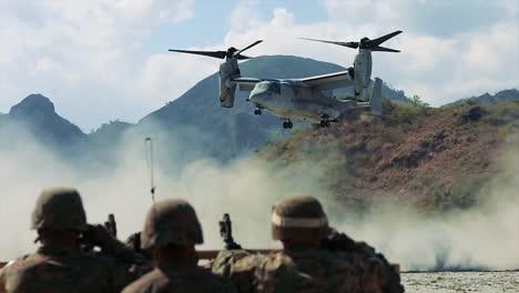 Montaje-De-Varios-Escenarios-De-Soldados-En-La-Fuerza-Aérea-2019