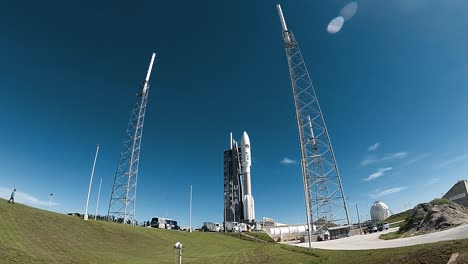 Timelapse-Photography-Is-Used-To-Show-The-Aehf5-Getting-Rolled-Out-At-Cape-Canaveral