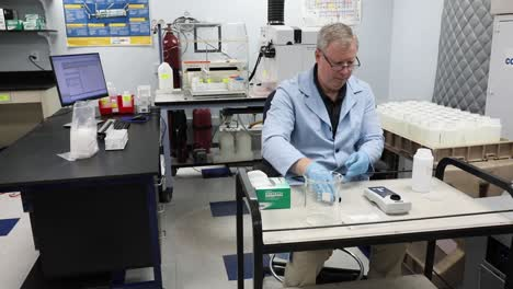 An-Epa-Scientist-Conducts-Drinking-Water-Tests-At-A-Facility-In-Edison-New-Jersey