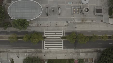 Aerial-Top-Down-Of-Empty-Abandoned-Streets-Of-Los-Angeles-During-Corona-Virus-Outbreak-Epidemic