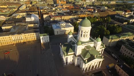 An-vista-aérea-view-shows-the-Helsinki-Cathedral-nestled-in-the-city-of-Helsinki-Finland-1