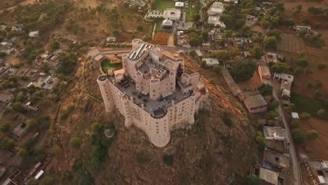 A-bird\-seyeview-shows-the-Alila-Fort-Bishangarh-in-Jaipur-Rajasthan-India