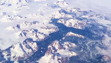 Good-aerial-over-Greenland-ice-sheet-and-heavy-snowpack-2