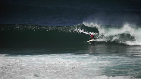 Surfer-riding-waves-1