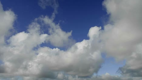 Time-lapse-of-clouds-against-blue-sky-moving-forward-2