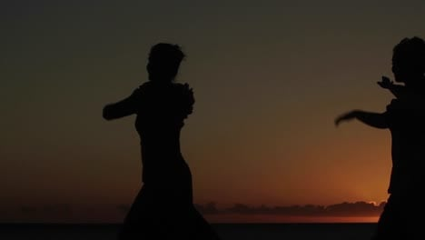 Native-Hawaiian-dancers-perform-at-sunset-1