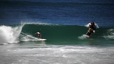 Hawaiian-big-wave-surfing-6