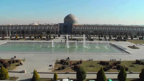Naqshe-Jahan-Square-in-Isfahan-Iran-5