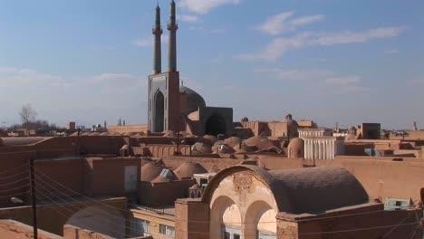 Naqshe-Jahan-Square-in-Isfahan-Iran-6