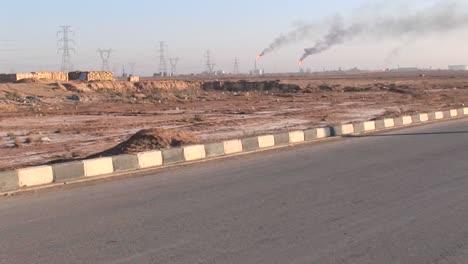Quema-De-Pozos-De-Extracción-En-Un-Campo-De-Petróleo-O-Gas-Natural-En-Irán-3