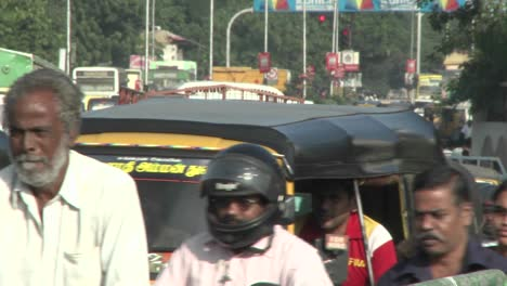 A-street-in-India-is-crammed-with-vehicles-and-people