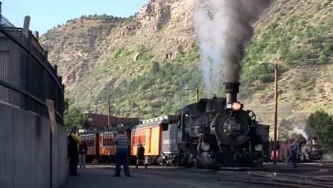 A-steam-train-at-the-station