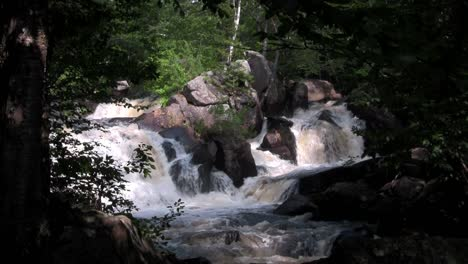Beautiful-waterfall-near-Fortuna-Costa-Rica-2