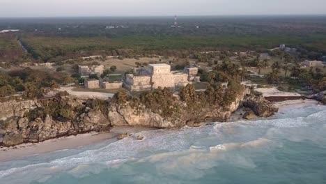 Eine-Antenne-über-Den-Ruinen-Von-Tulum-Region-Mexiko-Yucatan