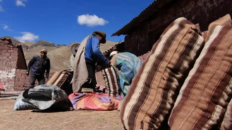 Villagers-with-potato-sacks-getting-ready-1