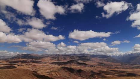 Fast-360-Blick-Auf-Das-Heilige-Tal-Peru-Andes