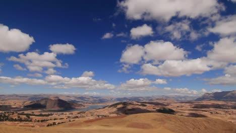 Inclinarse-Desde-Las-Nubes-Hasta-El-Valle-Asustado