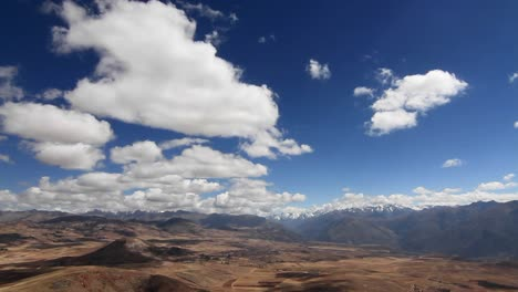 Panorama-of-Sacred-Valley-and-Andes