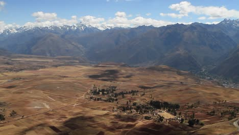 Village-in-Sacred-valley-with-Andes