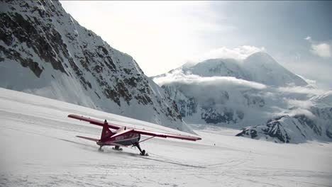 Plane-taking-off-at-from-glacier