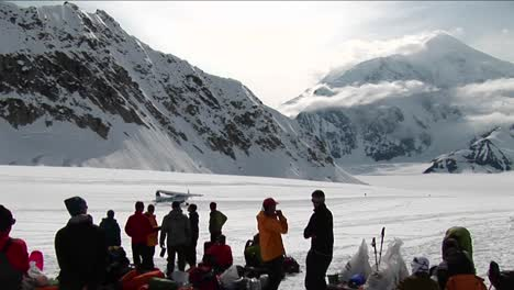 Plane-taking-off-from-glacier