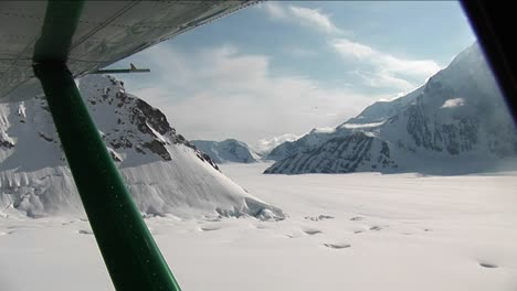 Liftoff-from-glacier