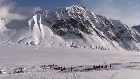 Denali-basecamp-in-the-morning