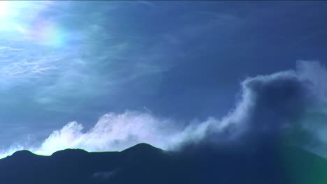 Clouds-blowing-over-ridge