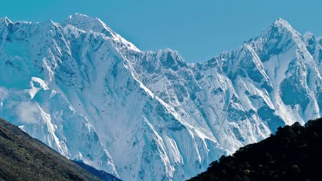 View-of-Everest-and-Lhotse
