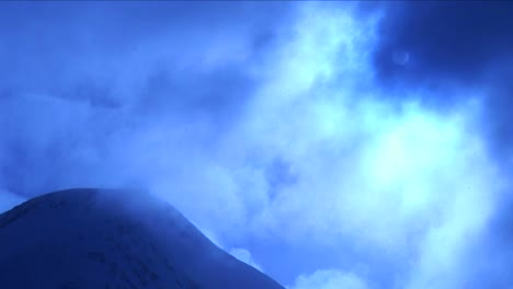 Timelapse-of-snow-over-mountain