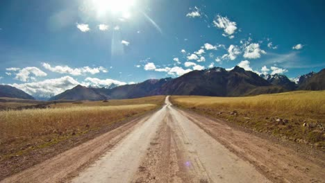 Conduciendo-Por-El-Valle-Sagrado