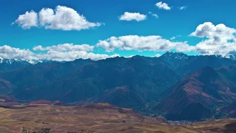 Mirador-Del-Valle-Sagrado-Sobre-Los-Andes