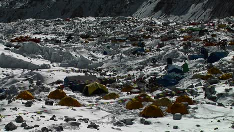 Pan-of-tent-city-of-Everest-Basecamp