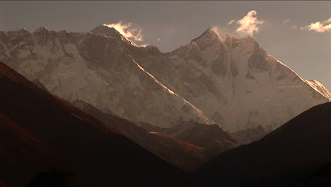 Everest-and-Lhotse-from-Tengboche