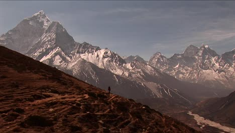 Wide-shot-of-trail-to-basecamp-with-trekker-walking