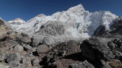 Glide-of-Nuptse-from-behind-rocks